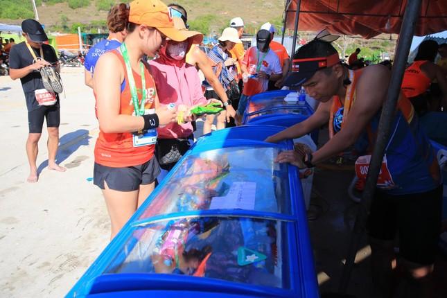 Tiền Phong Marathon 2020: Chiếc bể ngâm đá đặc biệt ở Lý Sơn ảnh 5