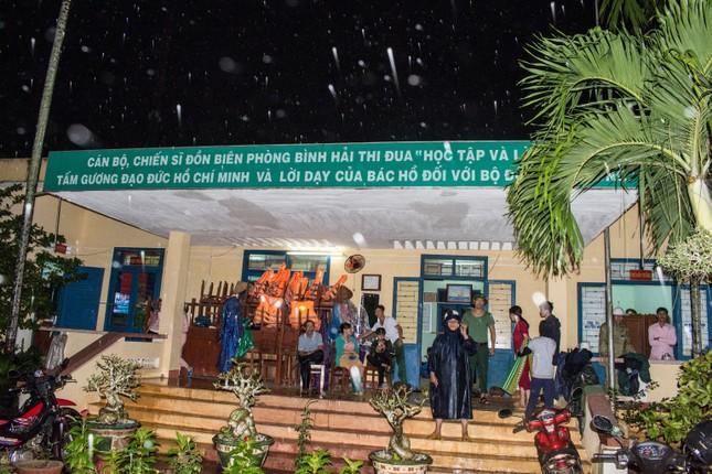 Bão số 9 áp sát, Quảng Ngãi mưa lớn, gió rít từng hồi ảnh 5