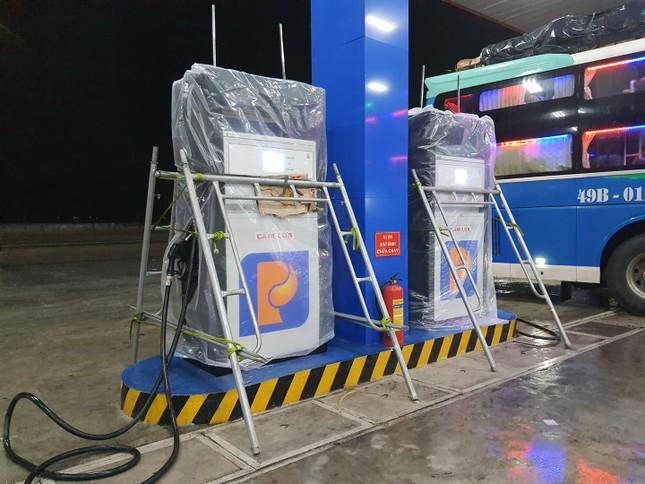 Bão số 9 áp sát, Quảng Ngãi mưa lớn, gió rít từng hồi ảnh 6