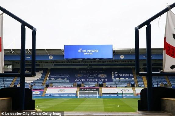 M.U chia điểm với Leicester trong Ngày lễ tặng quà ảnh 2