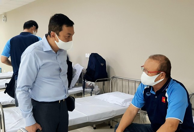 Hình ảnh đầu tiên HLV Park Hang Seo sau khi tiêm vắc xin COVID-19 ảnh 2