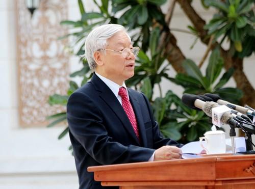 TP HCM khánh thành tượng đài Chủ tịch Hồ Chí Minh ảnh 1