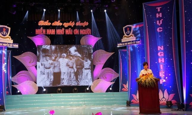 Nhiều hoạt động kỷ niệm Ngày sinh Chủ tịch Hồ Chí Minh ảnh 3