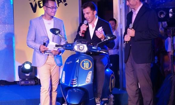 Vespa Sprint phiên bản Del Piero giá bao nhiêu? ảnh 4