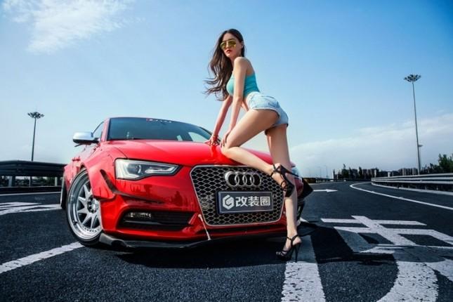 Mỹ nhân khỏe đường cong 'gây mê' bên Audi A5 độ độc ảnh 3