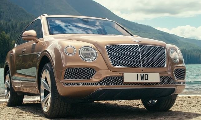 Bentley gây sốc với chiếc SUV Bentayga ảnh 4