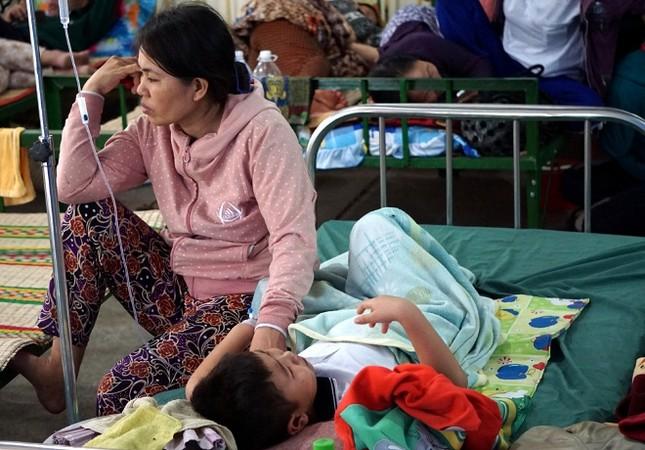 Bệnh viện quá tải bệnh nhân sốt xuất huyết ảnh 5