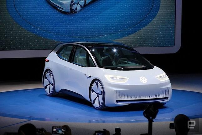 Dính 'phốt' khí thải, Volkswagen quay sang phát triển xe điện ảnh 2