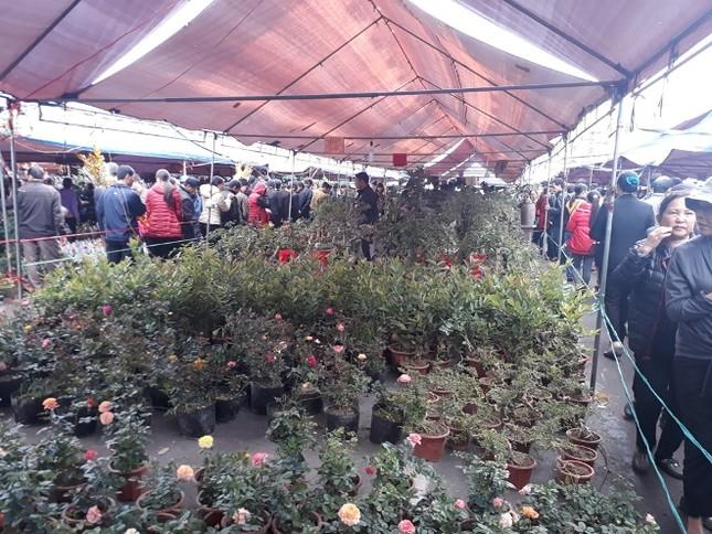 Ngàn người chen chân đi chợ Viềng sớm để cầu may ảnh 6