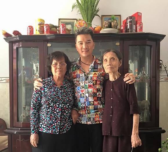 """Những sao Việt """"cơm chẳng lành, canh chẳng ngọt"""" với gia đình ảnh 1"""