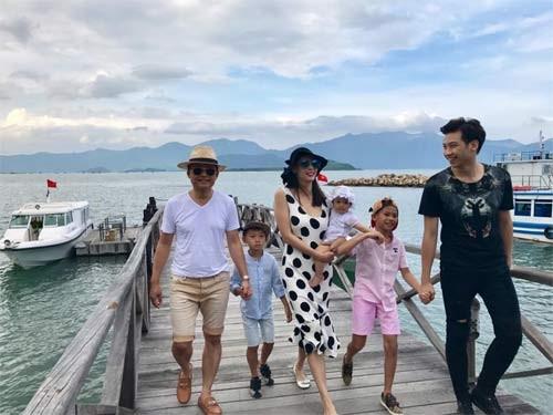 """Những sao Việt """"cơm chẳng lành, canh chẳng ngọt"""" với gia đình ảnh 3"""