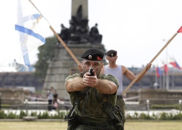 Binh sĩ Nga phô diễn sức mạnh chiến đấu tại Philippines ảnh 11
