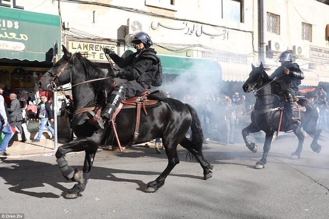 Jerusalem, Gaza, Bờ Tây bị nhấn chìm trong làn sóng bạo lực ảnh 11