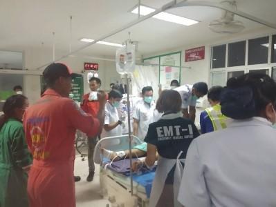 Hiện trường vụ tai nạn thảm khốc khiến 18 người chết ở Thái Lan ảnh 2