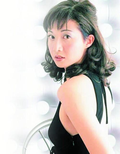 Hoa hậu châu Á Ngô Ỷ Lợi – tình cũ Thành Long tàn tạ tuổi xế chiều ảnh 13