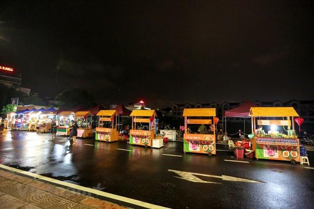 Đội mưa dự khai mạc phố đi bộ Trịnh Công Sơn ảnh 5