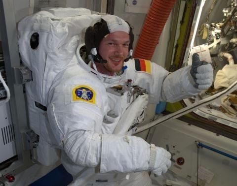 Bất ngờ lý do trạm Không gian ISS bị rò rỉ khí ảnh 2
