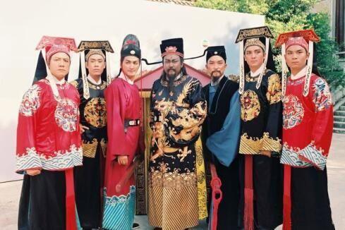 Sau 25 năm, 'Bao Thanh Thiên' Kim Siêu Quần giờ ra sao? ảnh 2