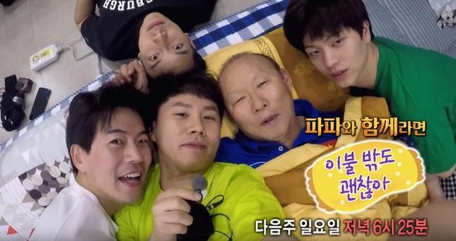 Idol Hàn gửi clip cổ vũ tuyển Việt Nam trên đường sang Malaysia ảnh 2