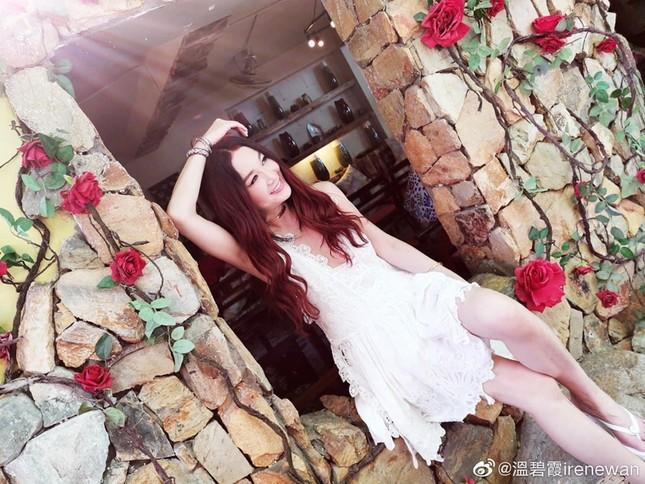 Khoe ảnh du lịch Nha Trang, 'Đát Kỷ đẹp nhất màn ảnh' trẻ trung bất ngờ tuổi U60 ảnh 8