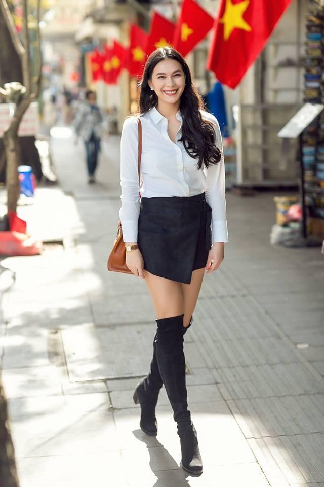 Ái nữ nhà Diễm My 6x: Chị xinh như hoa hậu, em sexy như hot girl ảnh 5