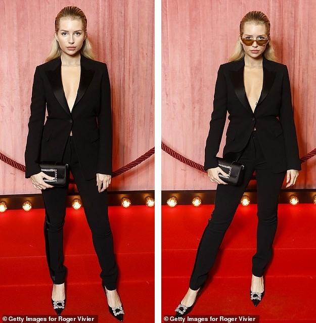 Em gái 9x của Kate Moss mặc blazer, không nội y lộ trọn vòng 1 phản cảm ảnh 5