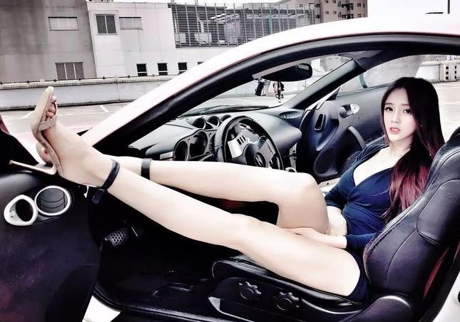 Người mẫu nổi tiếng bị phát hiện bán dâm từ năm 18 tuổi ảnh 3