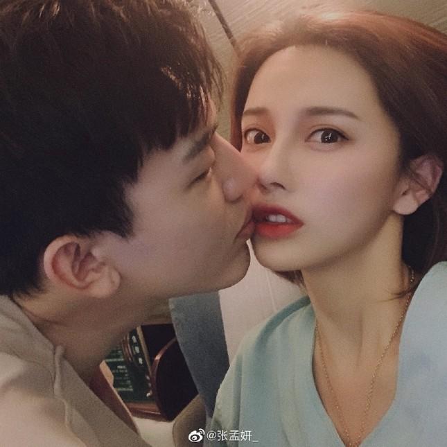 Sao nam Trung Quốc bị tố yêu đồng tính, lây bệnh xã hội cho bạn gái ảnh 2
