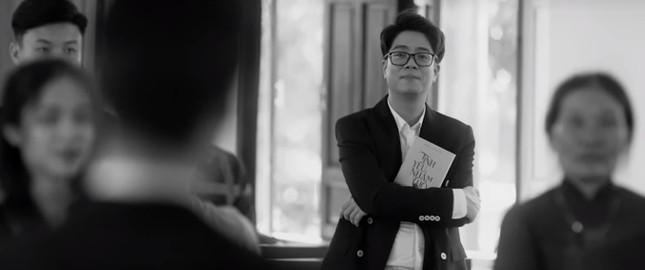 Hậu 'lừa' cưới, Văn Mai Hương 'khóa môi' Đồng Ánh Quỳnh đắm đuối gây sốc ảnh 10