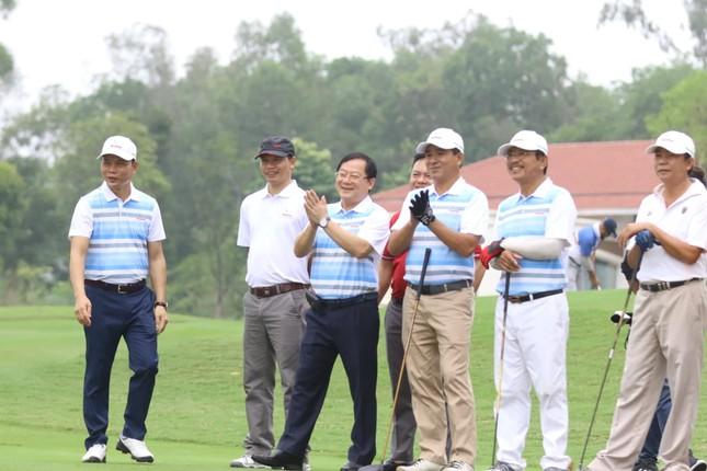 Golfer Bảo Long phát bóng khai mạc Tiền Phong Golf Championship 2019 ảnh 8
