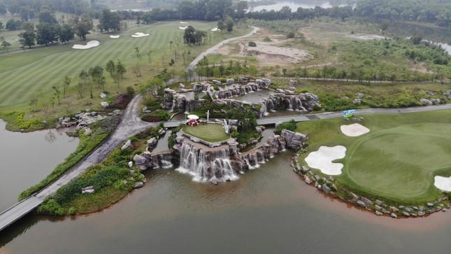 Golfer Bảo Long phát bóng khai mạc Tiền Phong Golf Championship 2019 ảnh 10