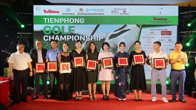 Toàn cảnh Gala trao giải Tiền Phong Golf Championship 2019 ảnh 6