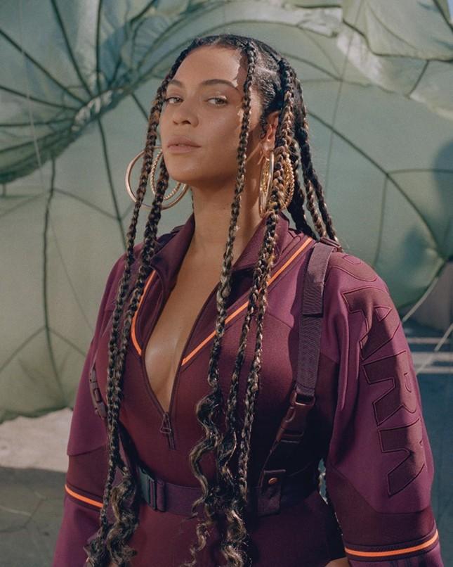 Beyonce tung loạt ảnh khoe vòng ba 'căng đét' ảnh 4