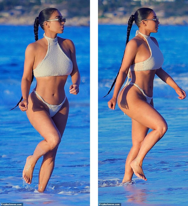 Kim Kardashian khoe 'siêu vòng ba' với bikini hai mảnh, lộ vùng nhạy cảm ảnh 6