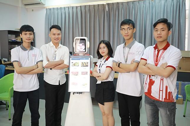 Đại học Duy Tân tuyển sinh 6 ngành học mới 2020 ảnh 1
