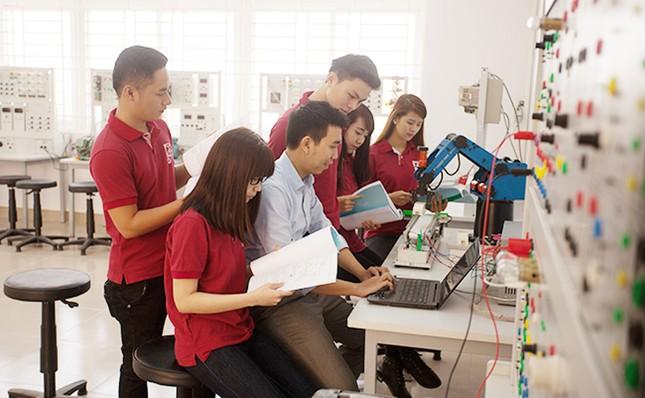 Đại học Duy Tân tuyển sinh 6 ngành học mới 2020 ảnh 3