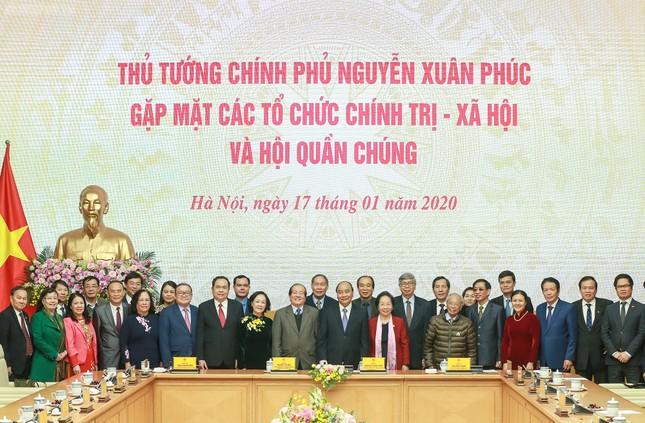 Thủ tướng gặp mặt các tổ chức chính trị-xã hội và hội quần chúng ảnh 2