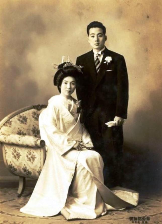Cụ bà trở thành diễn viên phim người lớn Nhật Bản ở tuổi 81 ảnh 1