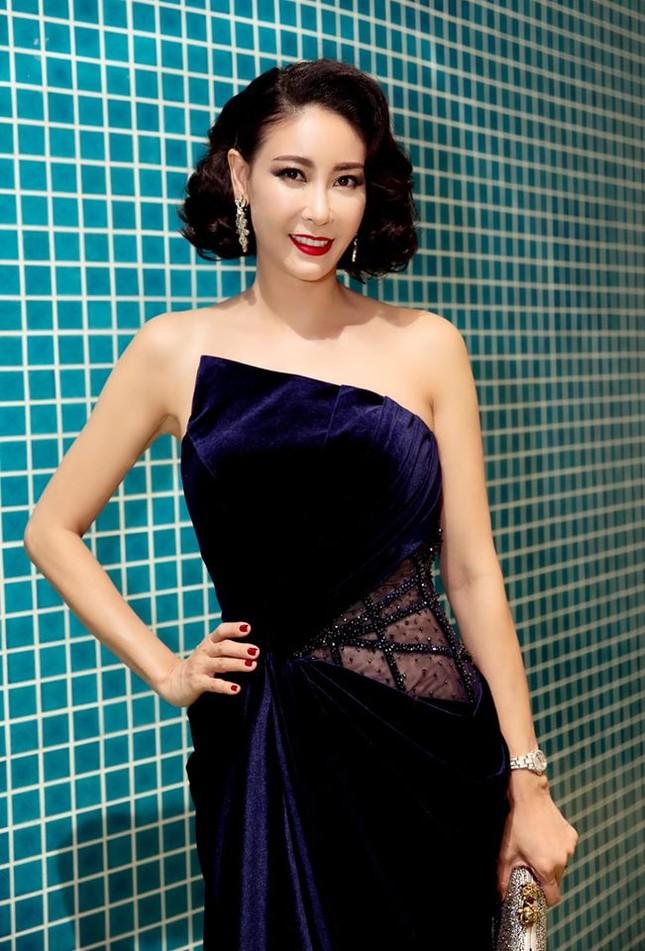 Hoa hậu Hà Kiều Anh tung ảnh bikini khoe dáng nuột nà gợi cảm ảnh 6