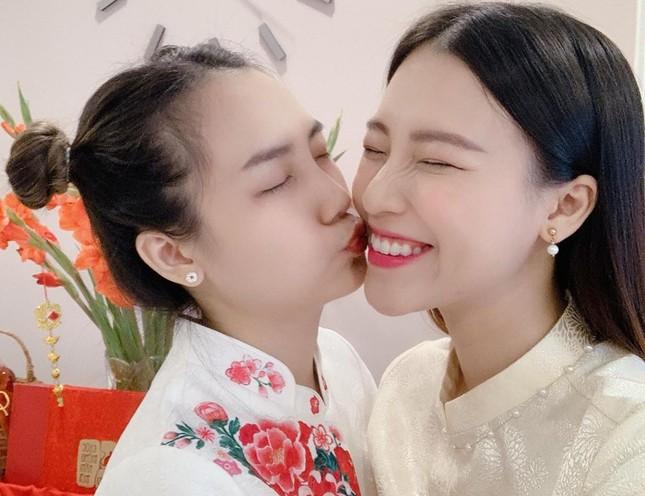 Sao Việt mồng 1 Tết: Hòa Minzy đón Tết ở quê bạn trai, Thang Duy Idol than ế ảnh 14