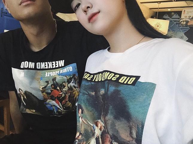 Khoảnh khắc 'tình bể bình' của Hà Đức Chinh và bạn gái mặt đẹp như trăng rằm ảnh 6