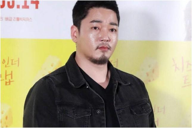 Sao Hàn đầu tiên mắc Covid-19, người nghi nhiễm đột ngột qua đời ảnh 4