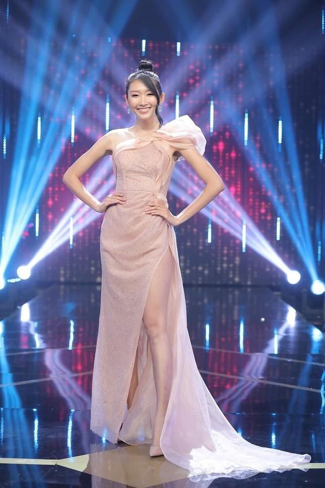 Hoa hậu Thanh Khoa kể bị phản bội, bắt gặp 'tiểu tam' trên giường người yêu ảnh 1