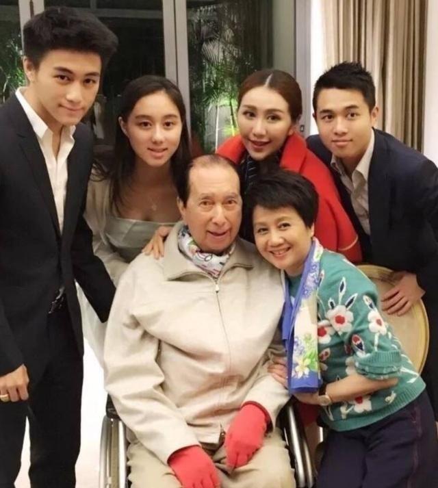 Hề Mộng Dao nhận bao nhiêu trong gia tài khổng lồ sau khi 'vua sòng bài' Macau qua đời ảnh 3