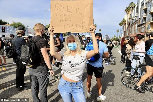 Loạt sao Hollywood liên tục xuống đường biểu tình ủng hộ người da đen ảnh 6