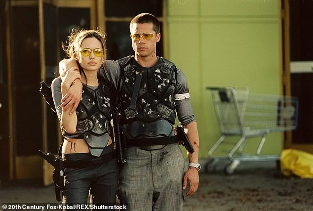 Angelina Jolie hiếm hoi nói về việc ly hôn Brad Pitt: 'Đó là quyết định đúng đắn' ảnh 4