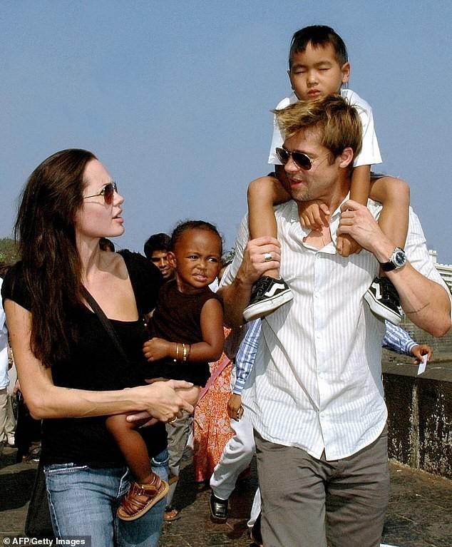 Angelina Jolie hiếm hoi nói về việc ly hôn Brad Pitt: 'Đó là quyết định đúng đắn' ảnh 3