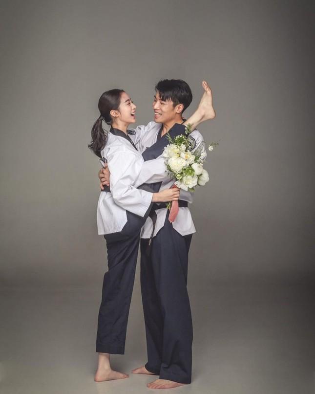 Ảnh cưới đậm chất võ thuật của mỹ nhân Wonder Girls và cao thủ taekwondo ảnh 3