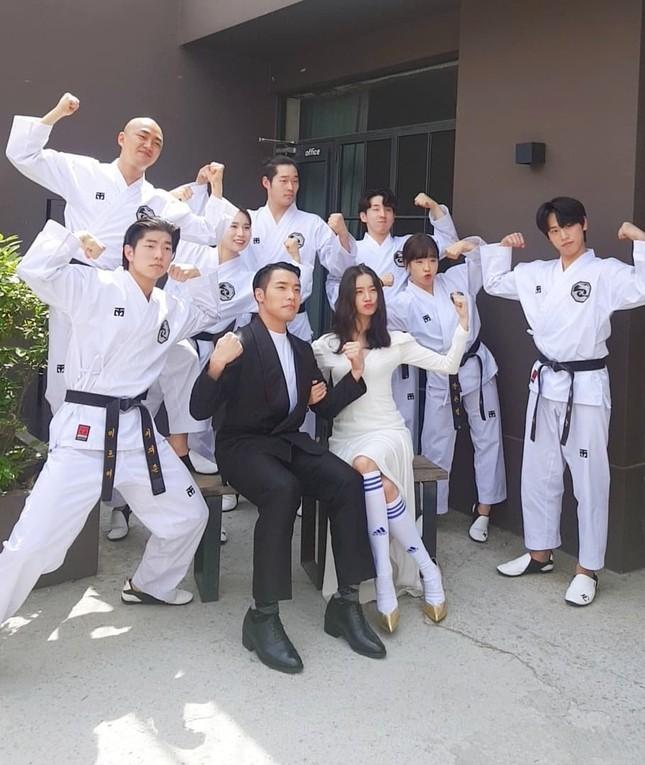 Ảnh cưới đậm chất võ thuật của mỹ nhân Wonder Girls và cao thủ taekwondo ảnh 5