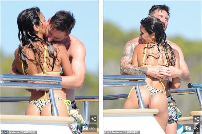 Messi ôm ấp bà xã nóng bỏng trên du thuyền, cùng gia đình Suarez đi nghỉ mát ảnh 2